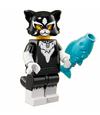 Série 18 Fille déguisée en chat