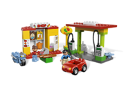 6171 La station-service