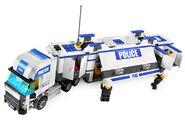 7743 Le camion de police 3