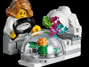 60230 Ensemble de figurines - La recherche et le développement spatiaux 5