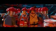 The LEGO Movie BA-Emmet et Cool-Tag robots