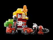 6138 Ma première caserne de pompiers 2