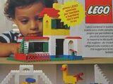 2 Medium Basic LEGO Set