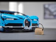 42083 Bugatti Chiron 10