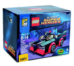 2014-SDCC-Exclusive-LEGO-Classic-Batmobile-Box