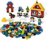 5549 S'amuser à construire avec LEGO