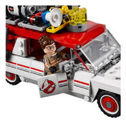 75828 Ghostbusters Ecto-1 & 2 6