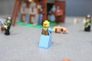 LEGO Toy Fair - Kingdoms - 7189 Mill Village Raid - 16