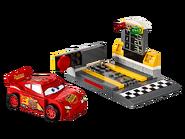10730 Le propulseur de Flash McQueen