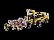 5885 Le piège du Tricératops 2