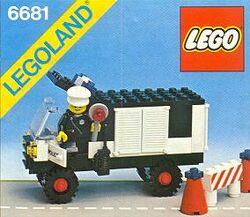 6681 Police Van