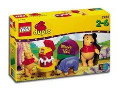 2982-Pooh's Birthday