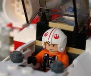6212 Luke im Cockpit