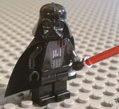 Darth-vader-with-cape-sabre-lego-star-wars-brand-new-2881485