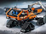 42038 Le véhicule arctique