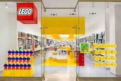 LEGOstore2