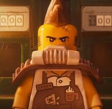 Before-and-After-for-Larry-the-Barista-in-The-LEGO-Movie-2