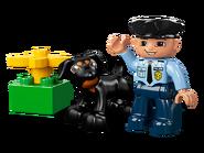 5678 Le policier
