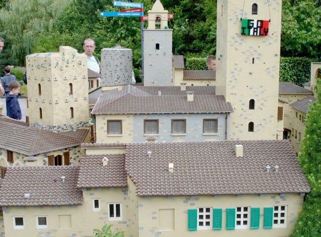 File:Lego Italy.jpg