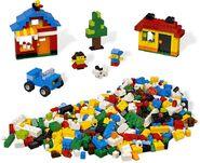 4628 Constructions créatives