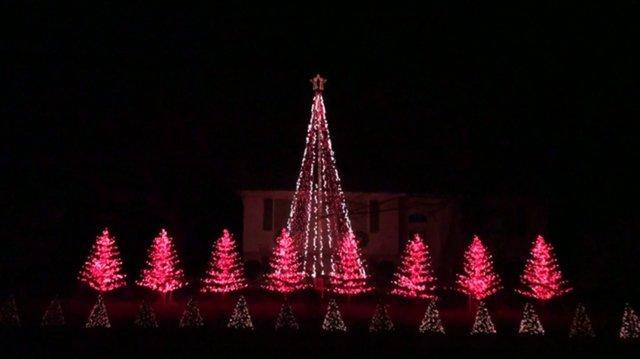 Stafford Lights - God Rest Ye Merry Gentlemen2