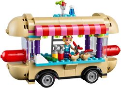 Amusement Park Hot Dog Van 1