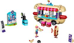 Amusment Park Hot Dog Van Unboxed