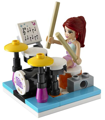 File:LEGO Friends Mia's Bedroom 3939 3.jpg