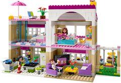 IMG Olivia's House Inside