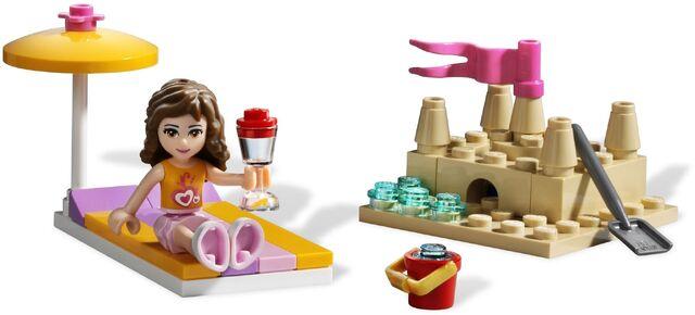File:Lego friends 3937 olivias rennboot III.jpg