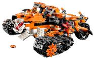 2015-LEGO-Chima-Tigers-Mobile-Command-Set-with-LEGO-Trakkar-Minifigure-e1412287391294