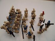 Lego-star-wars-battle-droid-minifigs-7929-24-pieces-24-battle-droids-230210dd33c159e5670b443612dc2761