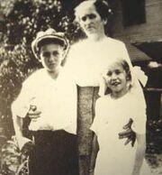 Walt-Flora-Ruth