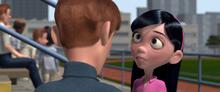 Violette parlant à Tony