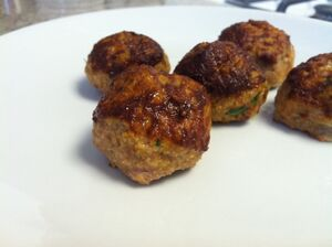 1024px-Tomato Balsamic Chicken Meatballs
