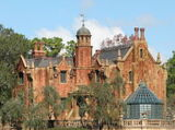 Haunted Mansion (Walt Disney World & Tokyo)