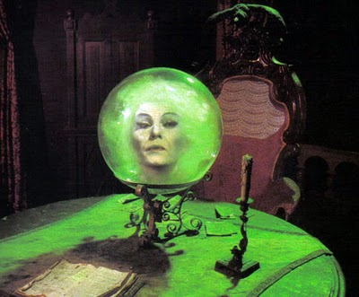 File:Hauntedmansion madameleota.jpg