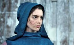 Anne-Hathaway-in-Les-Miserables-2012-Movie-Image-600x366