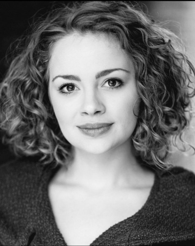 Carrie Hope Fletcher | Les Misérables Wiki | FANDOM powered by Wikia
