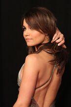 Samantha Barks - Les Miserables premiere -10-560x840