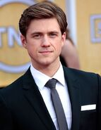 Aaron-tveit-19th-annual-screen-actors-guild-awards-01