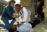 Murtaugh attempts CPR