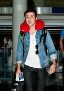 Kris+Allen+Kris+Allen+Flies+Out+LAX+lidqVZfSFnix