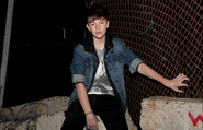 Greyson-chance-levis-trucker-jacket