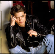 Jason-priestley-by-jonathan-exley-1990-002