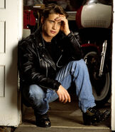 Jason-priestley-by-jonathan-exley-1990-003