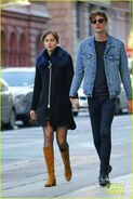 Dakota-johnson-boyfriend-matthew-hitt-hold-hands-05