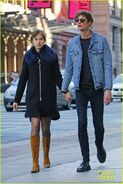 Dakota-johnson-boyfriend-matthew-hitt-hold-hands-01