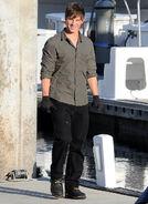 Matt+Lanter+90210+Films+Down+Docks+6rbUMO-xsHOx