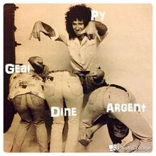 Argent, Dine, Geai et leurs fesses